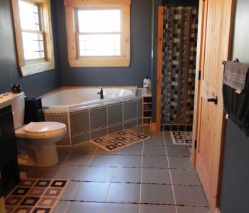 Salem Ridge Bathroom